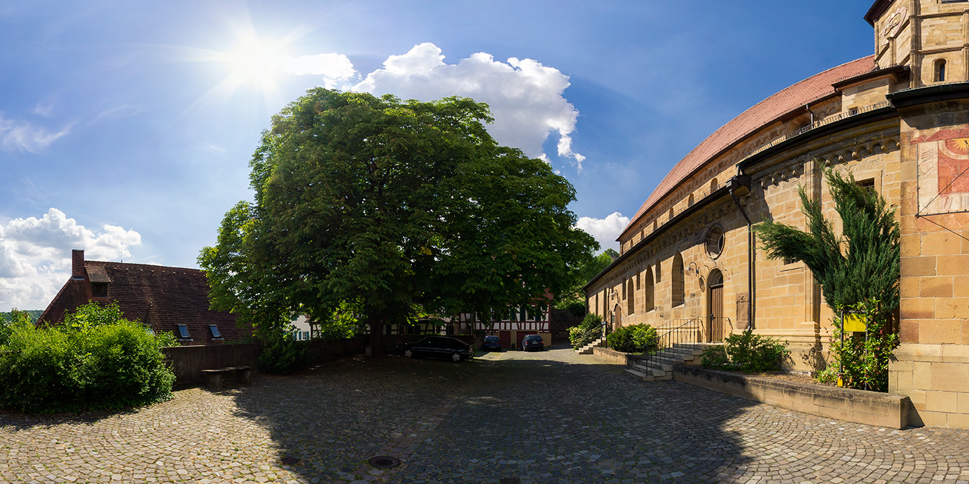 kirchplatz_mitte