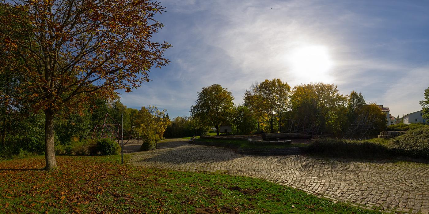 park_spielplatz_herbst